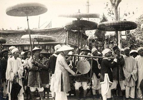 dam-tang-vua-khai-dinh-4