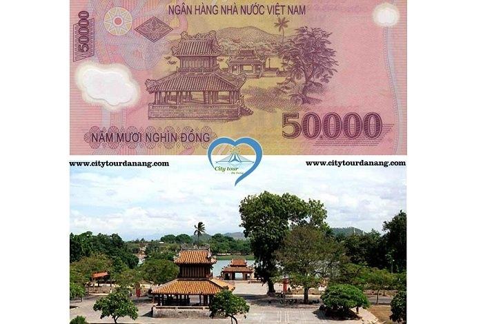 Tài liệu thuyết minh lịch sử Phu Văn Lâu ở Huế