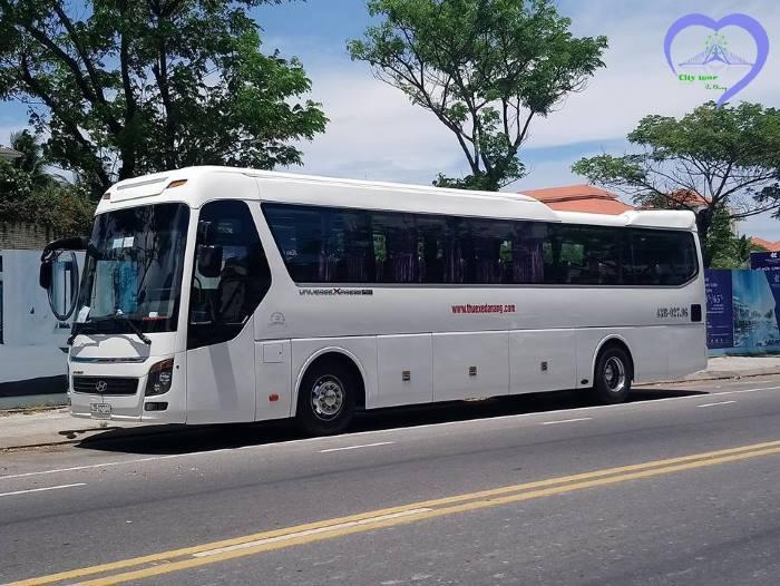 Cho thuê xe 45 chỗ ở Đà Nẵng giá rẻ và uy tín nhất.